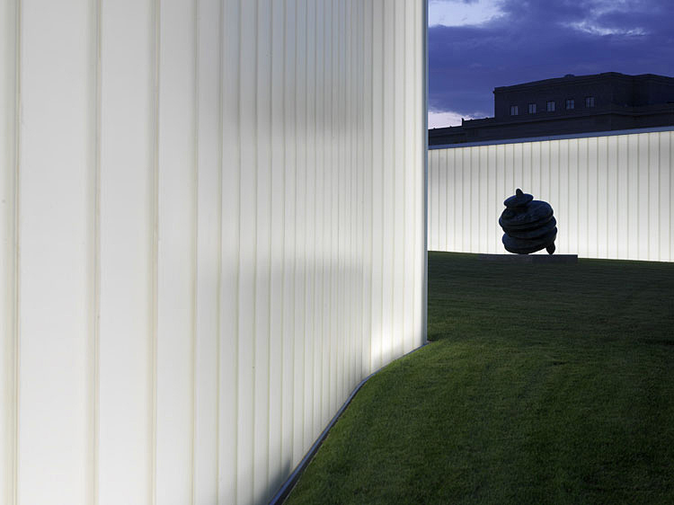 The Nelson-Atkins Museum Of Art, Kansas City, MO, 2007. © Steven Holl. Courtesy Steven Holl Architects. Photograph: © Andy Ryan