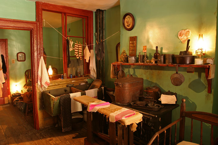 LES-Tenement-Museum Levine-Kitchen